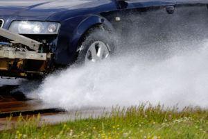 Hamowanie na mokrym