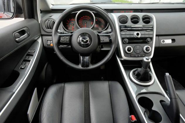 Mazda CX-7 - deska rozdzielcza