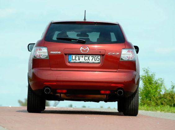 Mazda CX-7 - tył