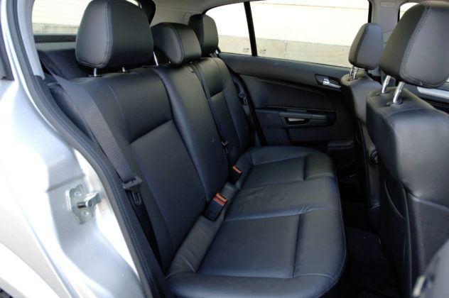 Opel Astra - tylna kanapa