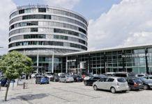 Mercedes - siedziba