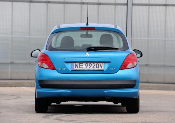 Peugeot 207 - tył