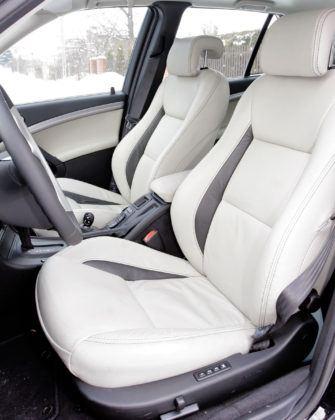 Saab 9-5 - fotel kierowcy