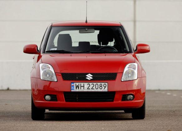 Suzuki Swift - przód