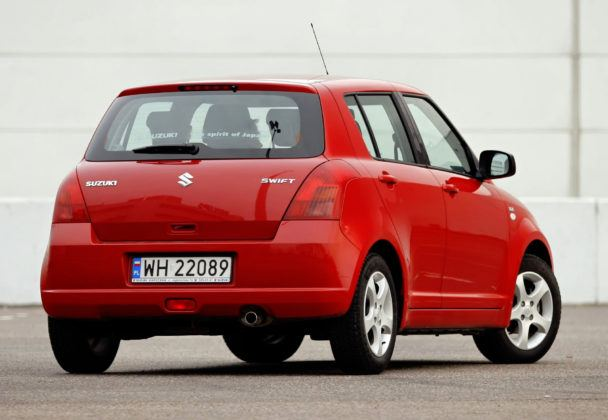 Suzuki Swift - tył