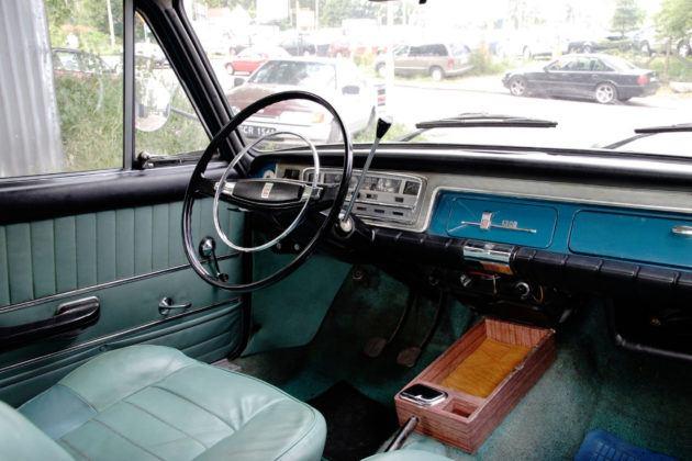 Fiat 125p - deska rozdzielcza
