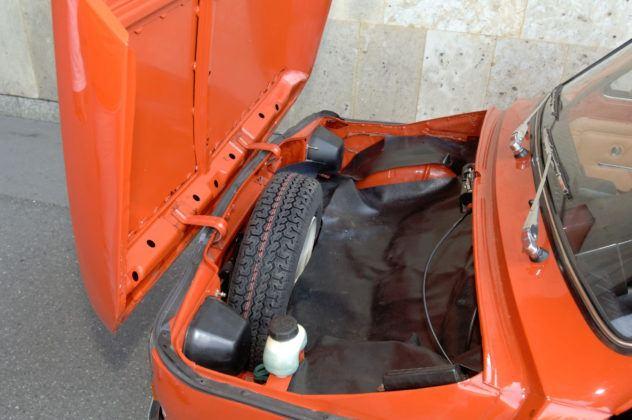 Fiat 126p - bagażnik