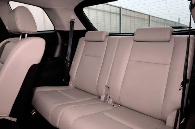 Mazda CX-9 - trzeci rząd siedzeń