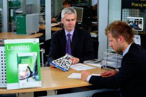 Podpisanie umowy leasingu