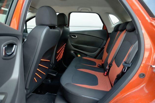 Renault Captur - tylna kanapa