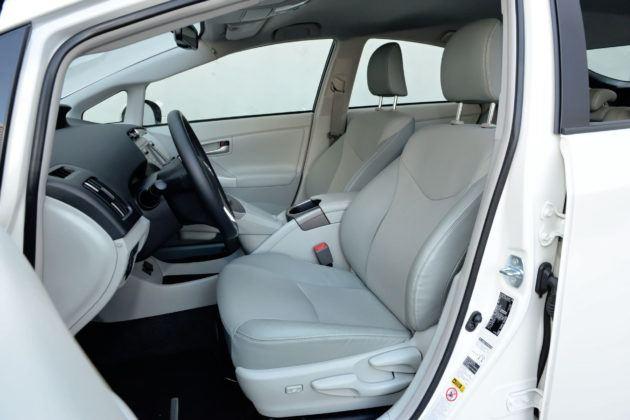 Używana Toyota Prius III - fotel kierowcy