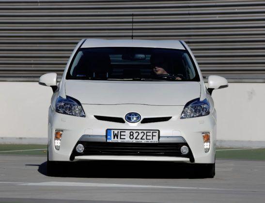 Używana Toyota Prius III - przód