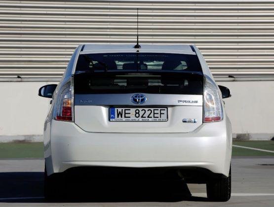 Używana Toyota Prius III - tył