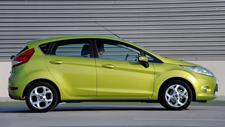 Ford Fiesta VII - bok
