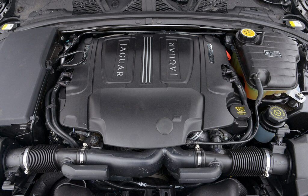 Jaguar XF I 14