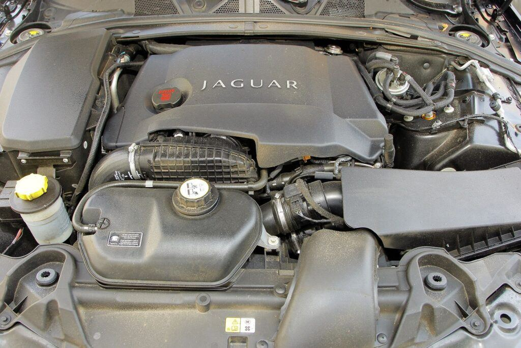 Jaguar XF I 29