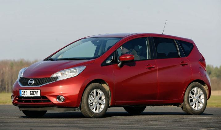 Minivany - najgorszy - Nissan Note (sylwetka)