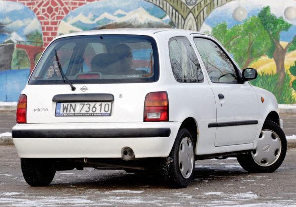 Nissan Micra K11 - tył