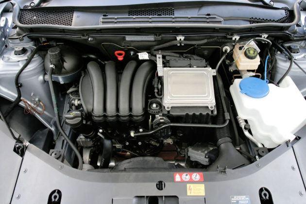 Duży wlew płynu - silnik