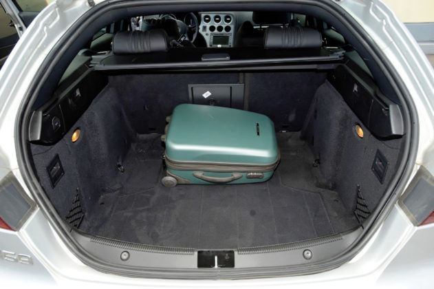 Alfa Romeo 159 TBi - bagażnik