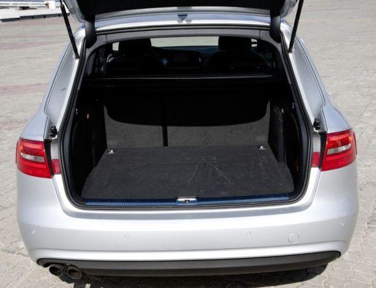 Audi A4 3.0 TDI - bagażnik