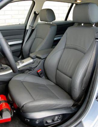 BMW 330d - fotel kierowcy