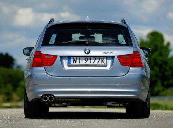 BMW 330d - tył