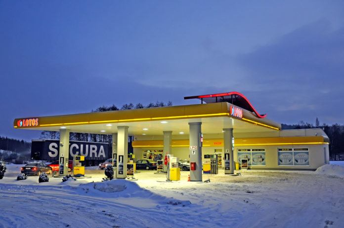 Stacja paliw
