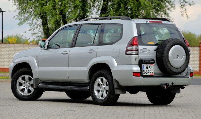 Toyota Land Cruiser J120 - tył