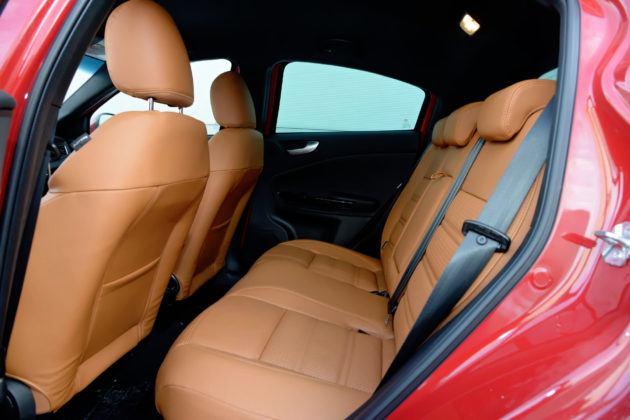 Alfa Romeo Giulietta - tylna kanapa