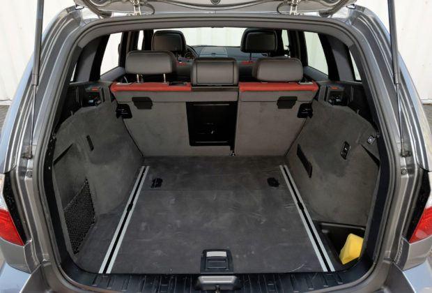 BMW X3 (E83) - bagażnik