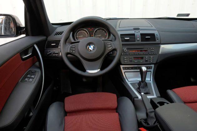 BMW X3 (E83) - deska rozdzielcza