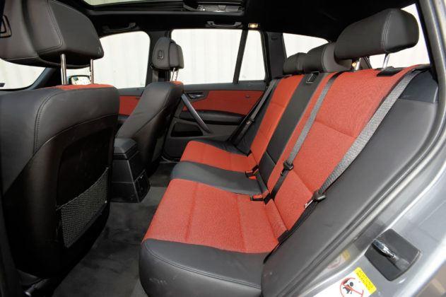 BMW X3 (E83) - tylna kanapa