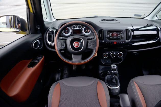 Fiat 500L - deska rozdzielcza