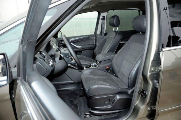 Ford S-Max - fotel kierowcy