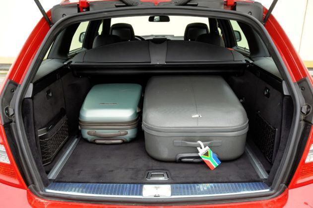 Mercedes C (W204) - bagażnik