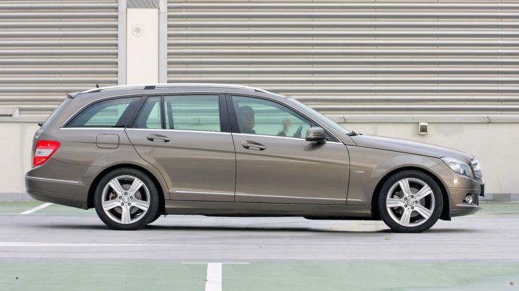 Mercedes C (W204) - bok