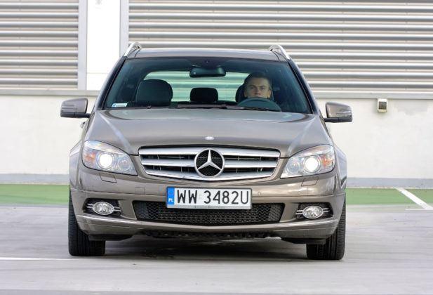 Mercedes C (W204) - przód