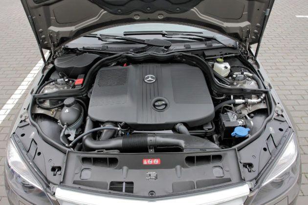 Mercedes C (W204) - silnik
