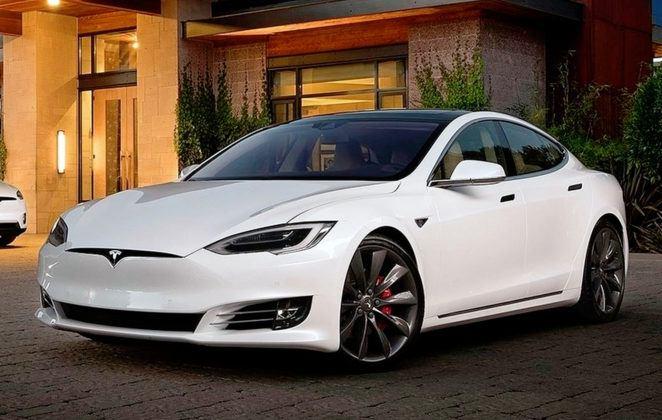 Miejsce 4 - Tesla Model S