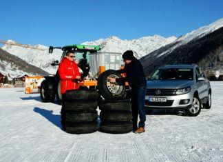8 opon zimowych do SUV-ów (215/65 R16) - TEST