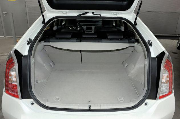 Toyota Prius III - bagażnik