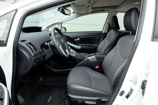 Toyota Prius III - fotel kierowcy