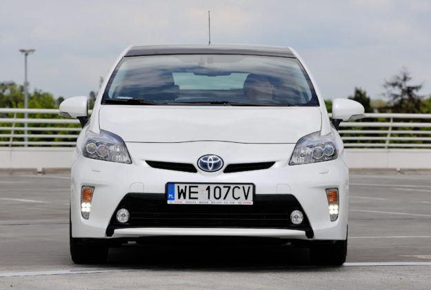 Toyota Prius III - przód