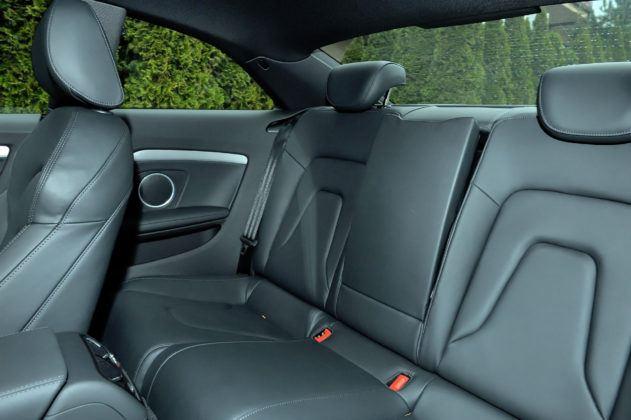 Audi A5 I - tylna kanapa