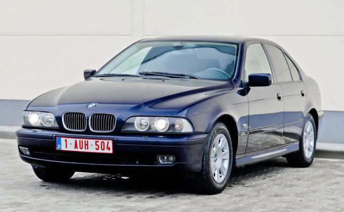 BMW serii 5 E39 - newralgiczny punkt to m.in. nadkola.