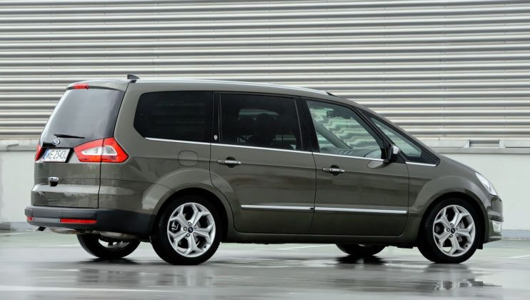 Ford Galaxy II - tył