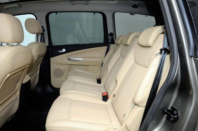 Ford Galaxy II - tylna kanapa