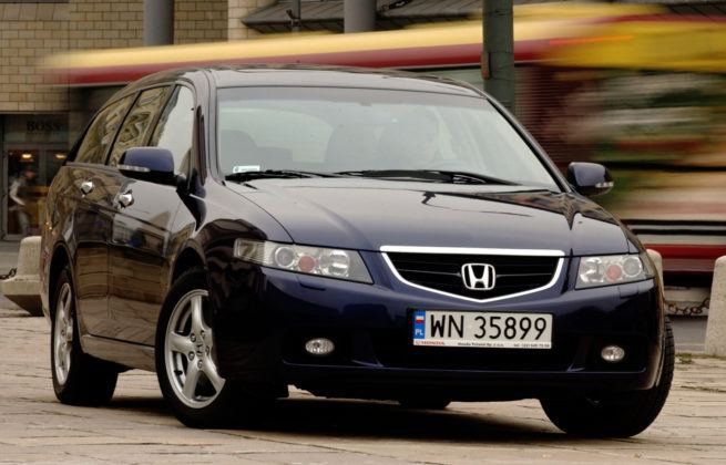 Honda Accord VII - uwaga na słabej jakości lakier.