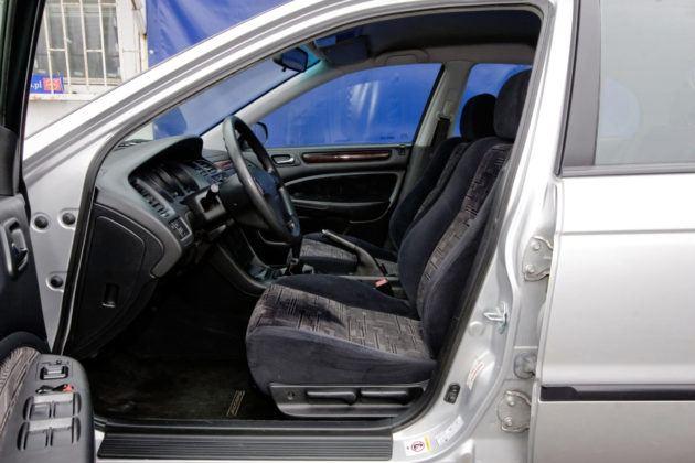 Honda Accord VI - fotel kierowcy